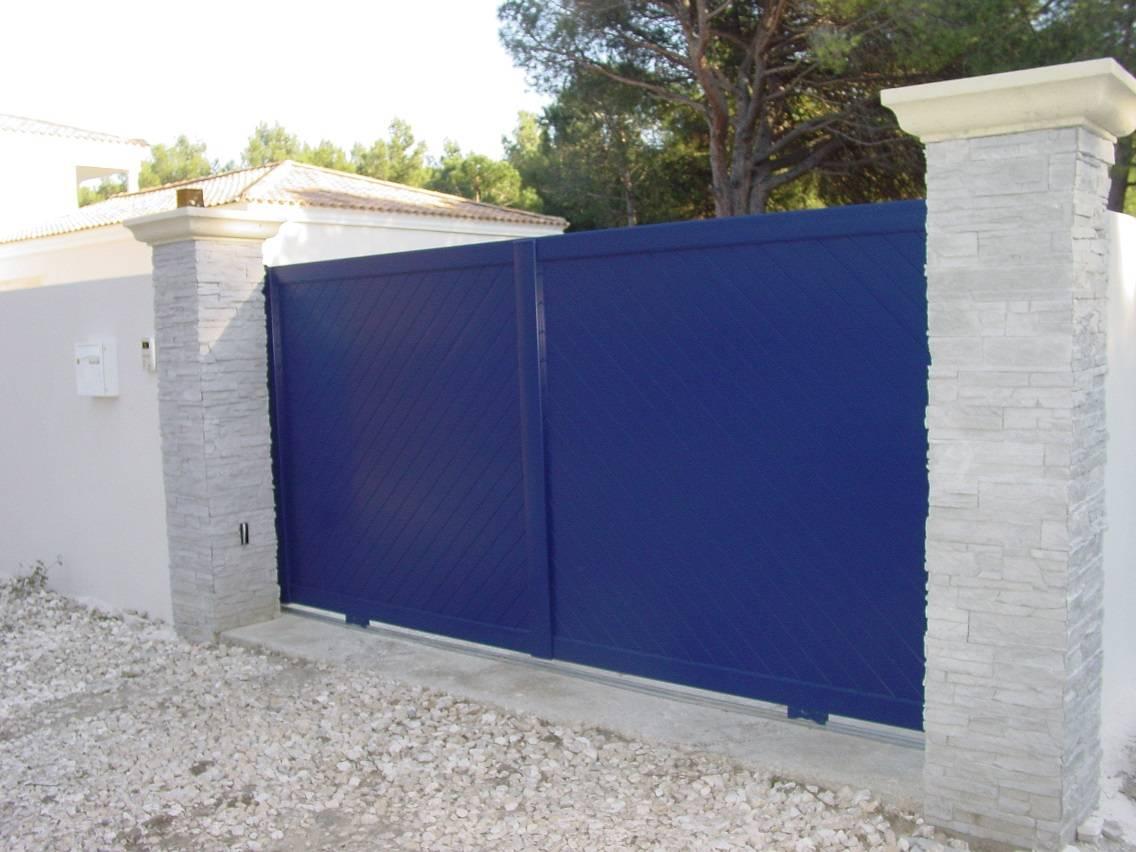 portail coulissant aluminium motoris couleur bleu vente de portail automatique istres. Black Bedroom Furniture Sets. Home Design Ideas