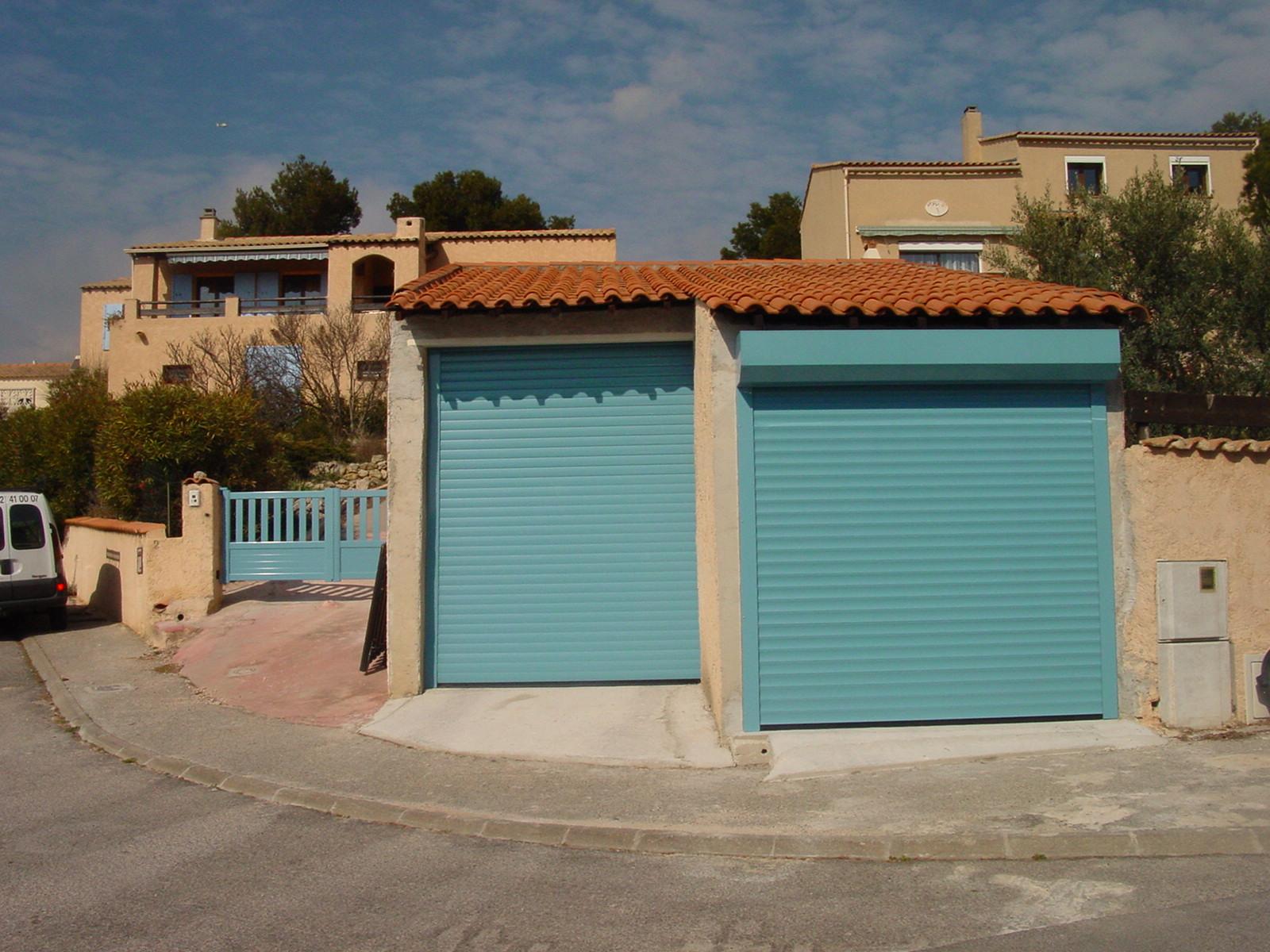 Porte De Garage Enroulable En Aluminum Installation Sur Arles Vente De Portail Automatique