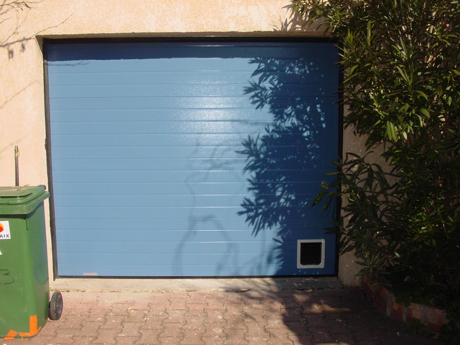 Chatiere Porte Garage Metallique