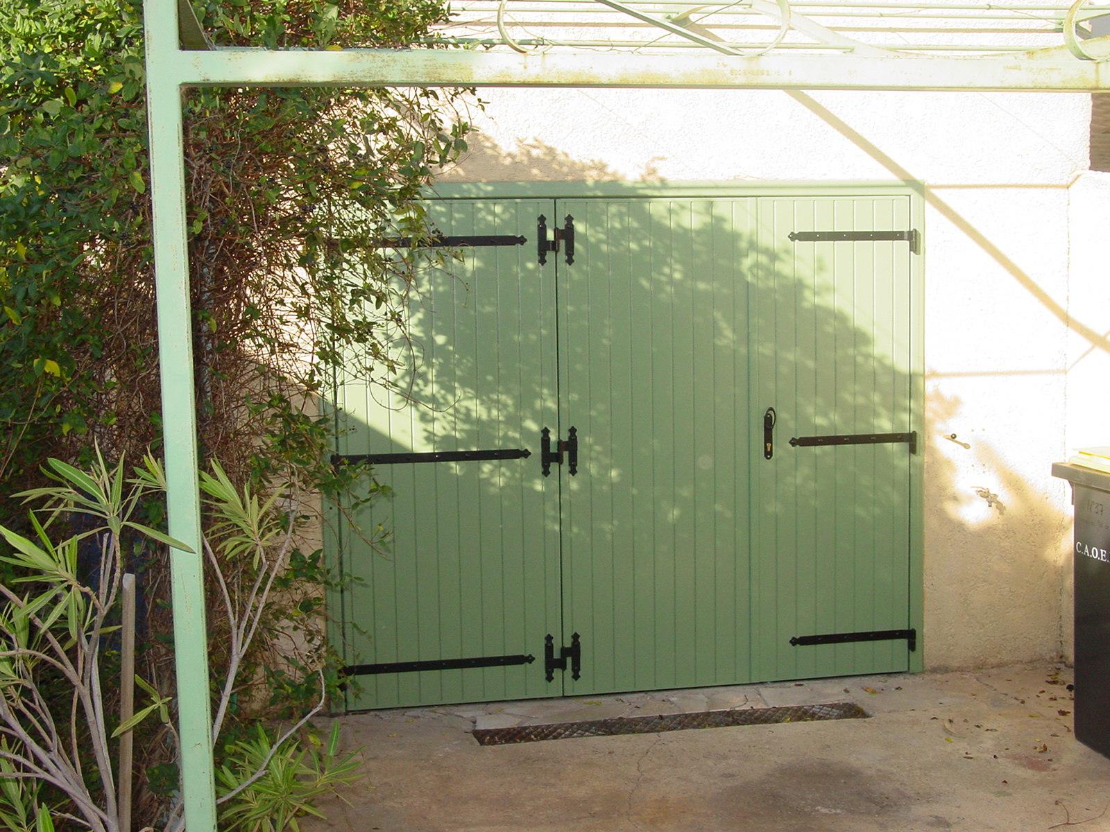 Porte De Garage Battante à Vantaux Manuelle Installée à Portde - Porte de garage 3 vantaux